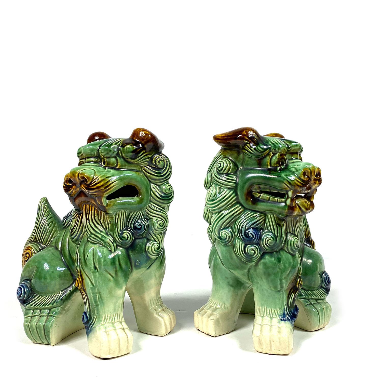 19101849 Foo Dogs-05