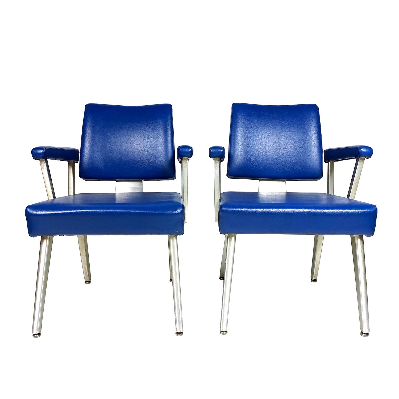 19102712 good form chairs -03b